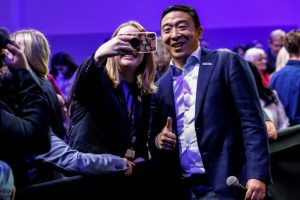 U.S. Democratic presidential candidate and businessman Andrew Yang poses for a selfie during a forum held by gun safety organizations the Giffords group and March For Our Lives in Las Vegas, Nevada, U.S. October 2, 2019.  REUTERS/Steve Marcus