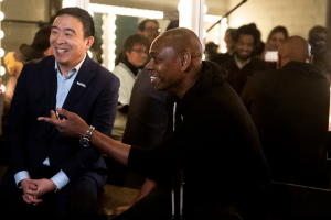 Dave Chappelle talks about his endorsement of Andrew Yang before a show in Ames, Iowa. KELSEY KREMER, KKREMER@DMREG.COM