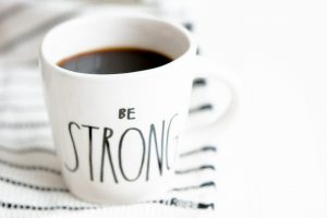 be strong coffe cup heather-ford-6fiz86Ql3UA-unsplash