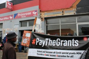 The Covid-19 Social Relief of Distress Grant will be reinstated after it was terminated at the end of April 2021. The Black Sash has compiled a report on the implementation and impact of the grant. Archive photo: Masego Mafata